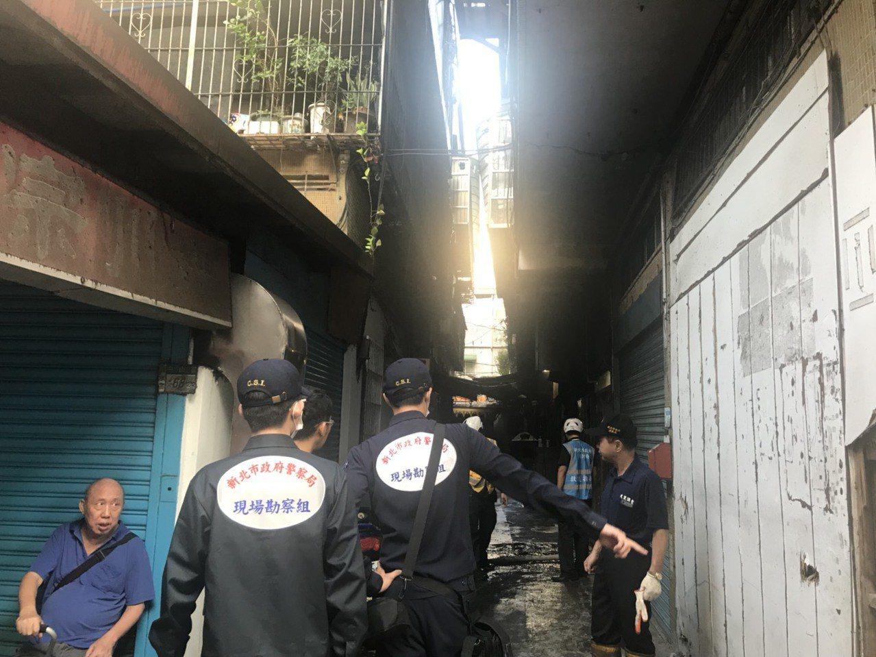 火警造成3死,消防局進行調查。記者袁志豪/攝影