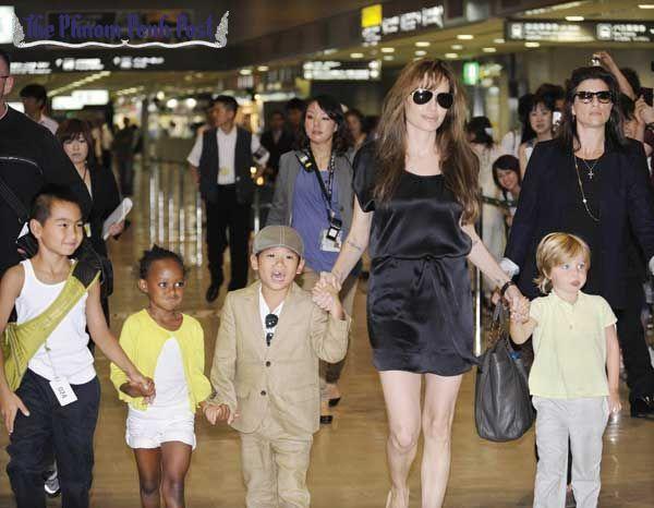 安琪莉娜裘莉對小孩不願放手,離婚卡關。圖/路透資料照片