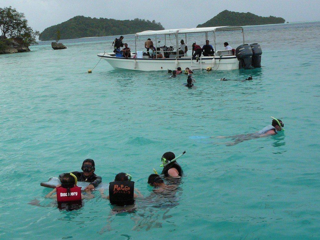 傳中國大陸以旅遊禁令威脅帛琉與我斷交,衝擊帛琉觀光。歐新社