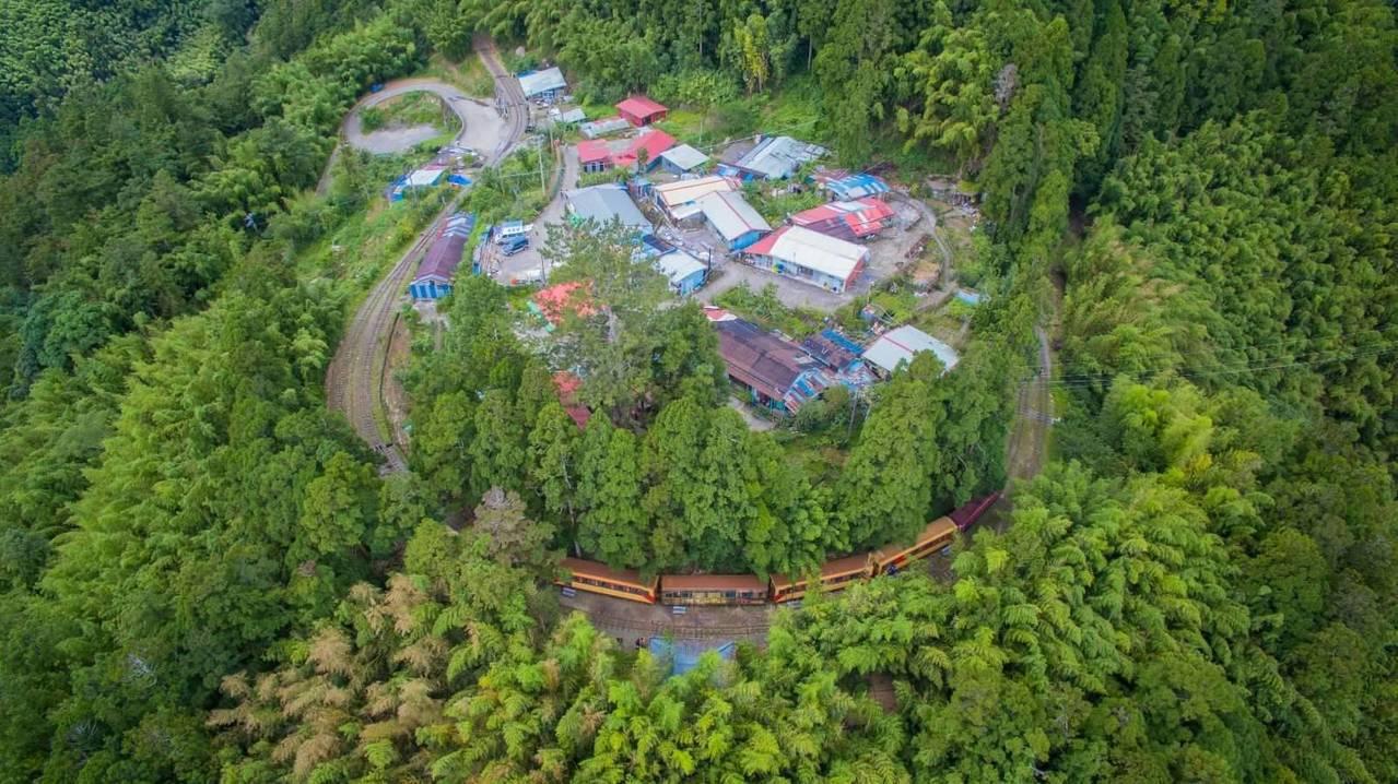多林車站空拍照。圖/賴國華提供