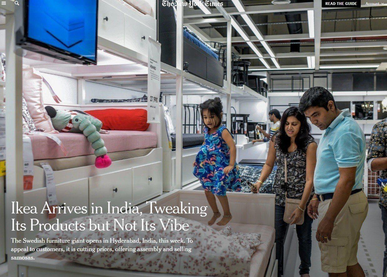 瑞典連鎖傢俱「宜家家居」9日將在印度開幕,蘭巴一家搶先入店選購,4歲女孩帕里娜在...