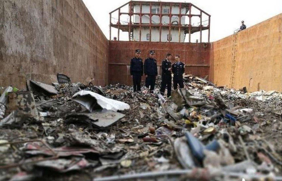 中國大陸去年9月宣布全面禁止進口「洋垃圾」,不再成為「世界的垃圾桶」,然而禁令反...