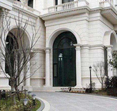 李連杰的上海豪宅據說造價3億人民幣。圖/摘自微博