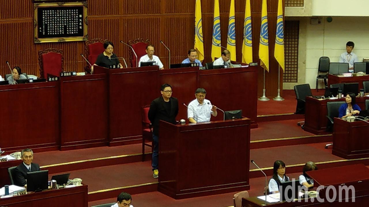 台北市長柯文哲下午至議會進行追加減預算專案報告。記者楊正海/攝影
