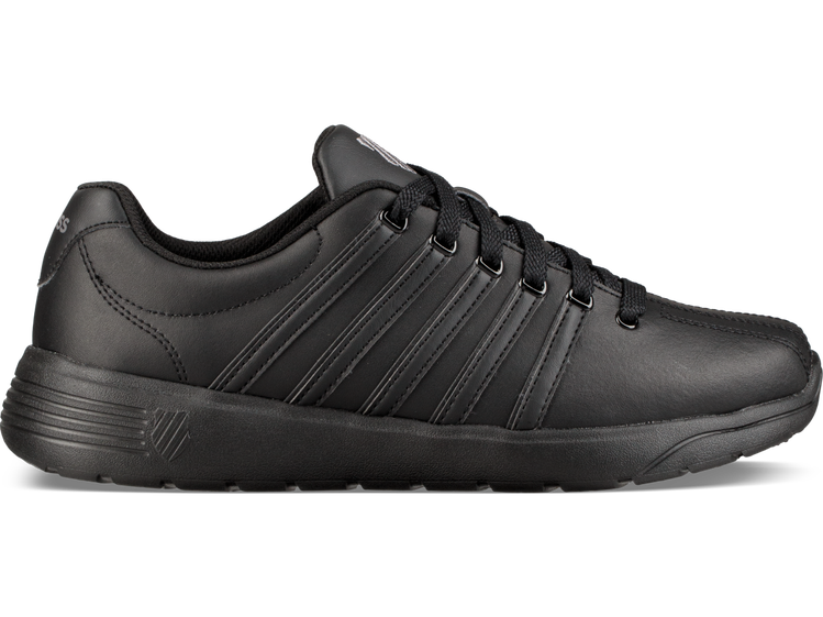 K-Swiss Pro Active系列休閒鞋,約2,380元。圖/K-Swis...