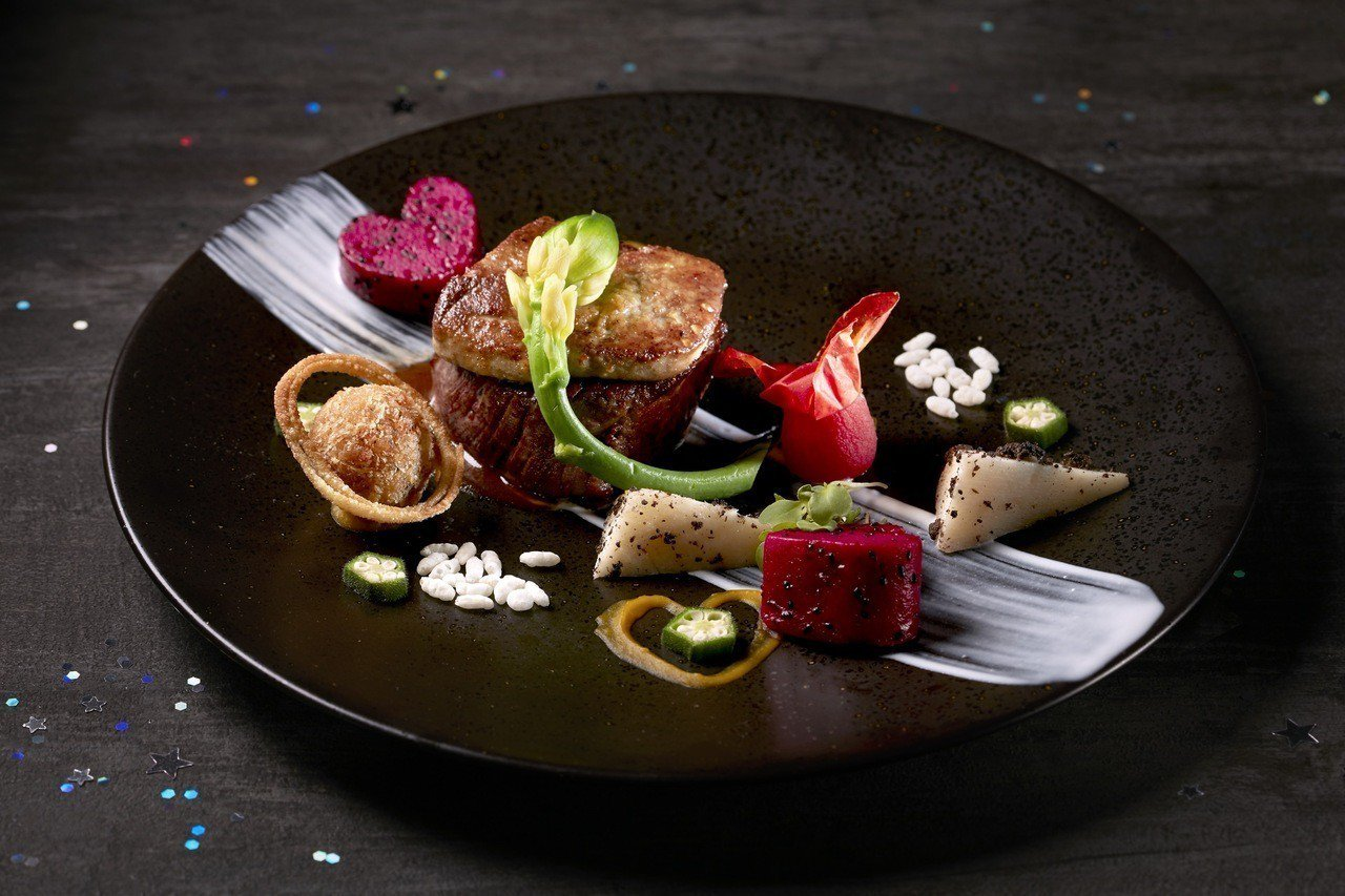 寒舍艾麗酒店La Farfalla義式餐廳於8月17日推出甜星閃耀七夕情人節晚宴...