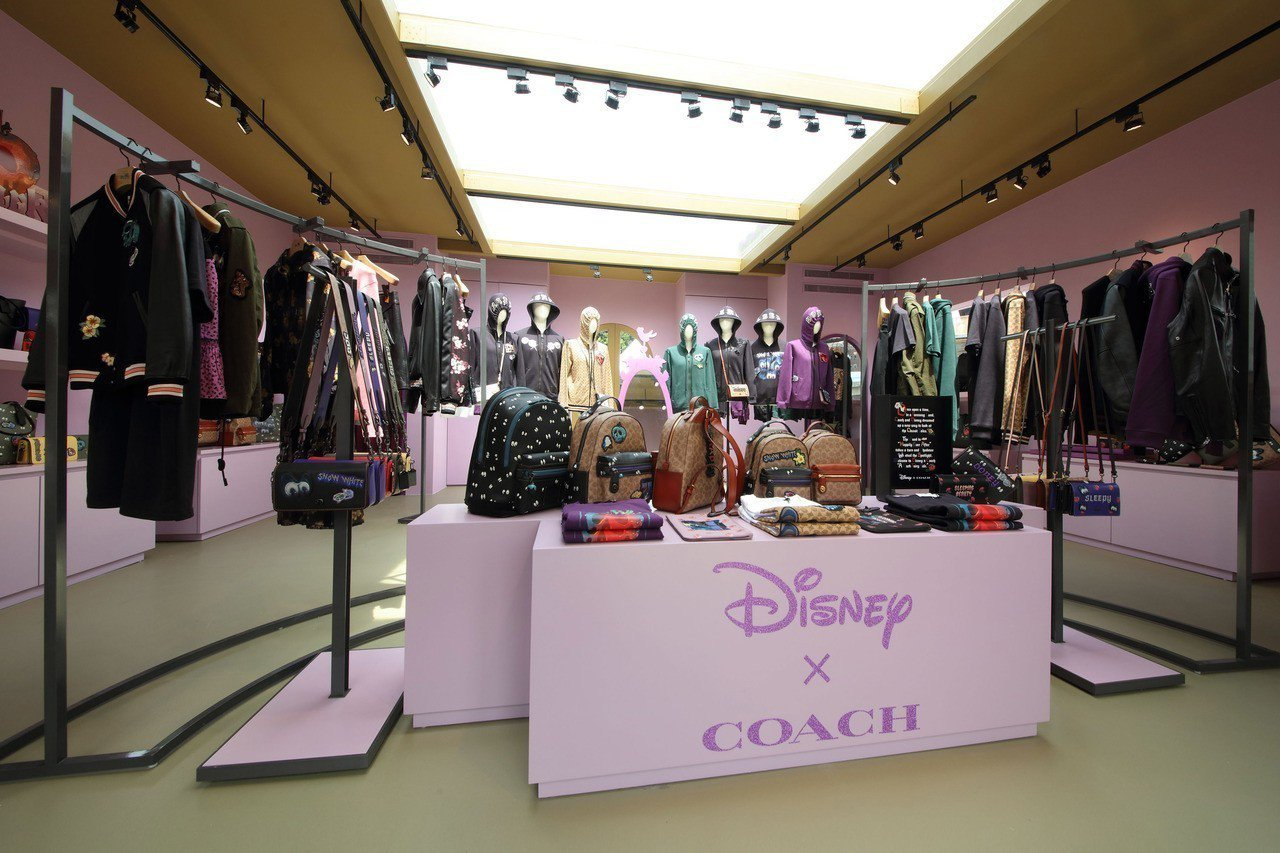 COACH之前的華山Disney X Coach A Dark Fairy Ta...