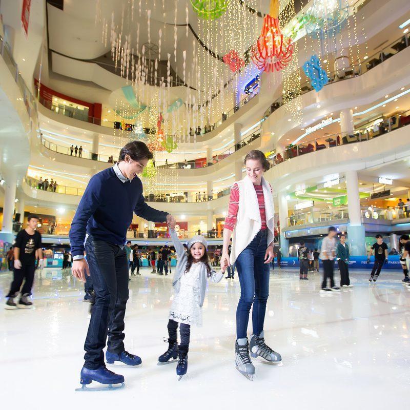 雙威金字塔溜冰場是馬來西亞第一個世界級的冰上娛樂場所。圖/馬來西亞觀光局提供