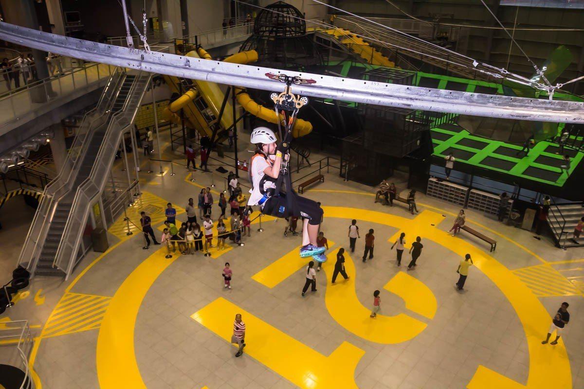 District 21室內主題樂園內有10項不同的遊樂項目供玩家挑戰。圖/馬來西...