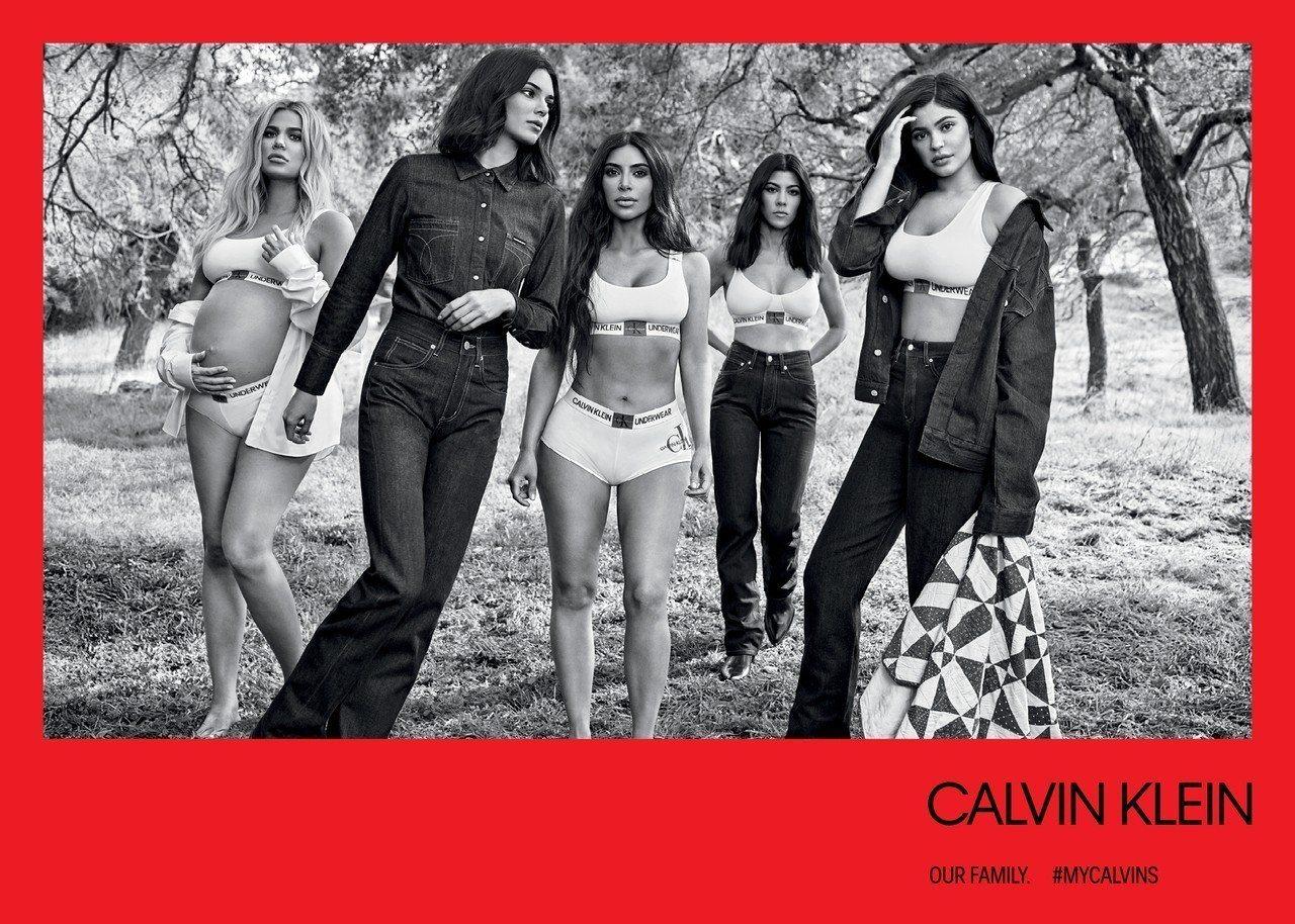 卡黛珊家族姊妹們入鏡CALVIN KLEIN 2018秋冬系列。圖/CALVIN...