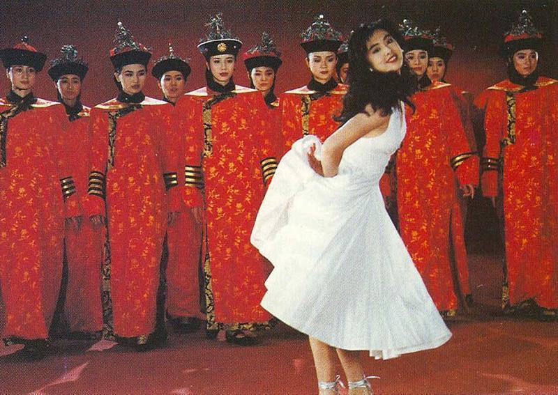 王祖賢在廣告中也有俏皮可愛的模樣。圖/摘自搜狐