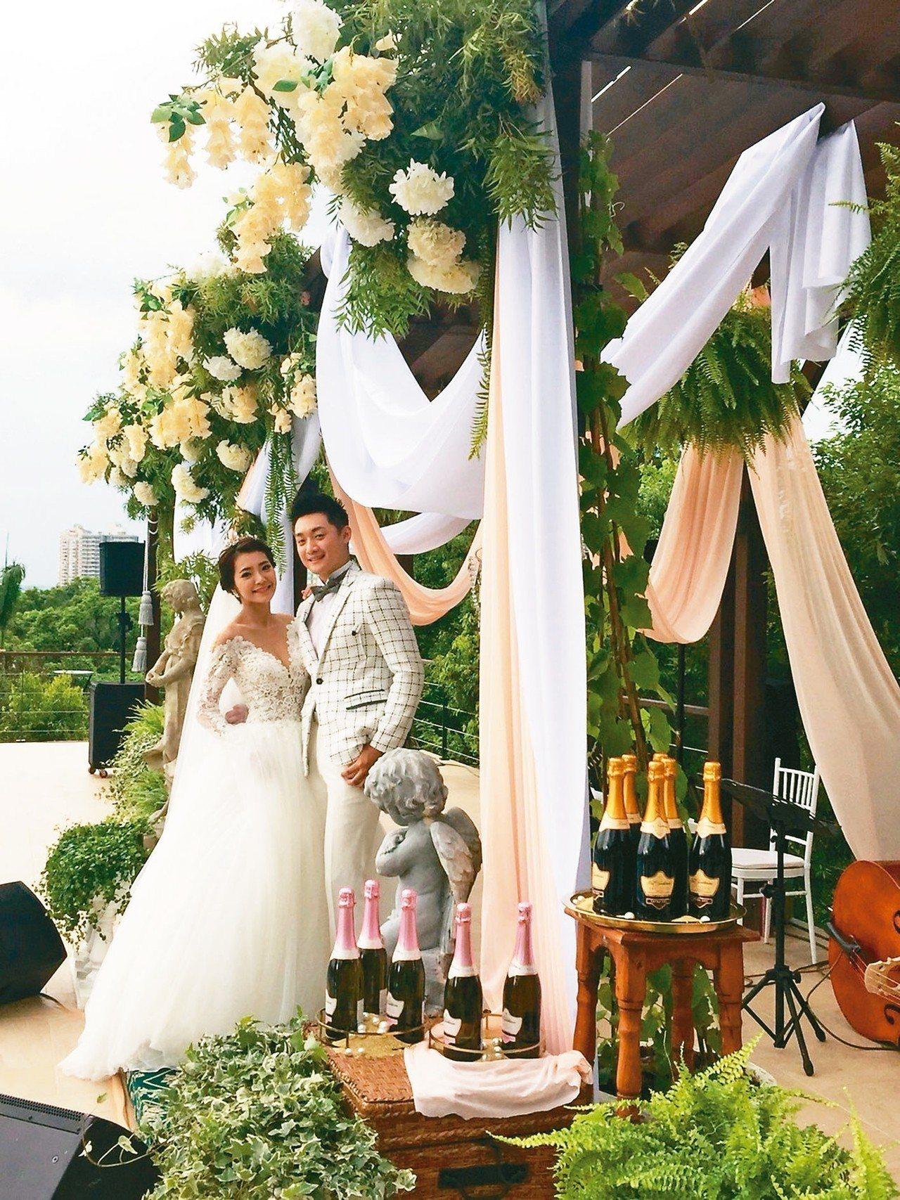 浪漫的湖畔婚禮,讓高截圓山飯店瞬成南台灣的時尚基地。 記者羅建怡/攝影