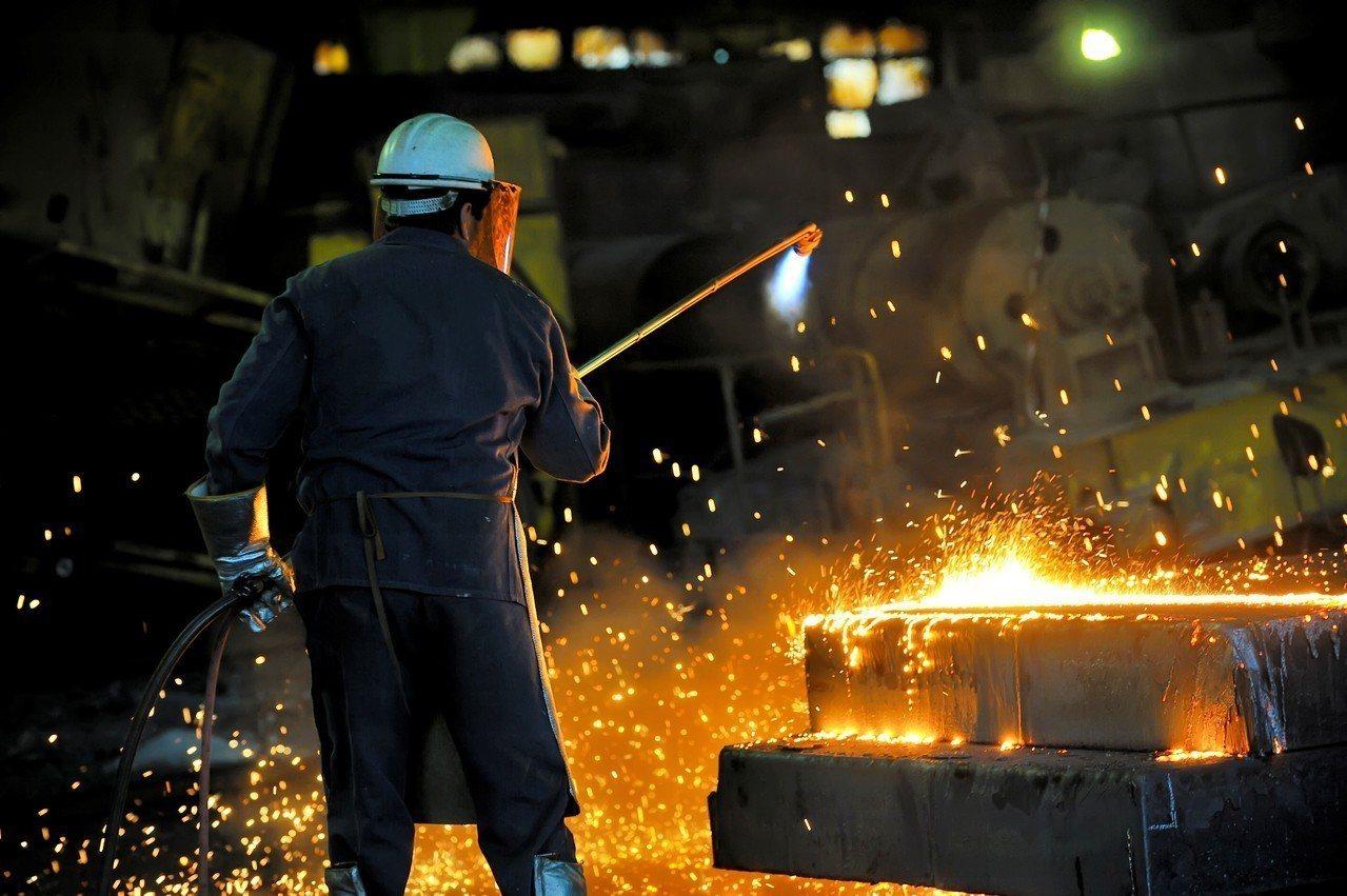 示意圖。行政院會9日通過廢止《工廠法》;勞動部勞動條件及就業平等司司長謝倩蒨表示...