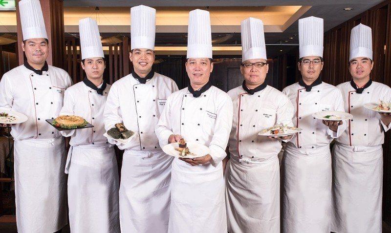 「大地餐桌系列3:節氣套餐」由六福旅遊集團旗下各廳主廚現場獻上各式菜系的秋饌美味...