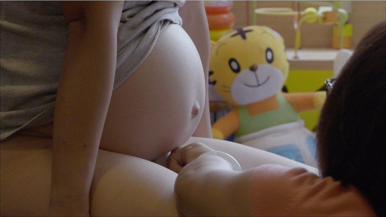 陳芯宜執導的最新紀錄片《尋找乳房》(Body Talk),今晚將在公視播出。圖/...