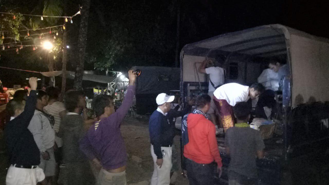 印尼龍目島(Lombok)近日發生兩起強震,由印尼慈濟賑災團隨印尼軍機前往龍目島...