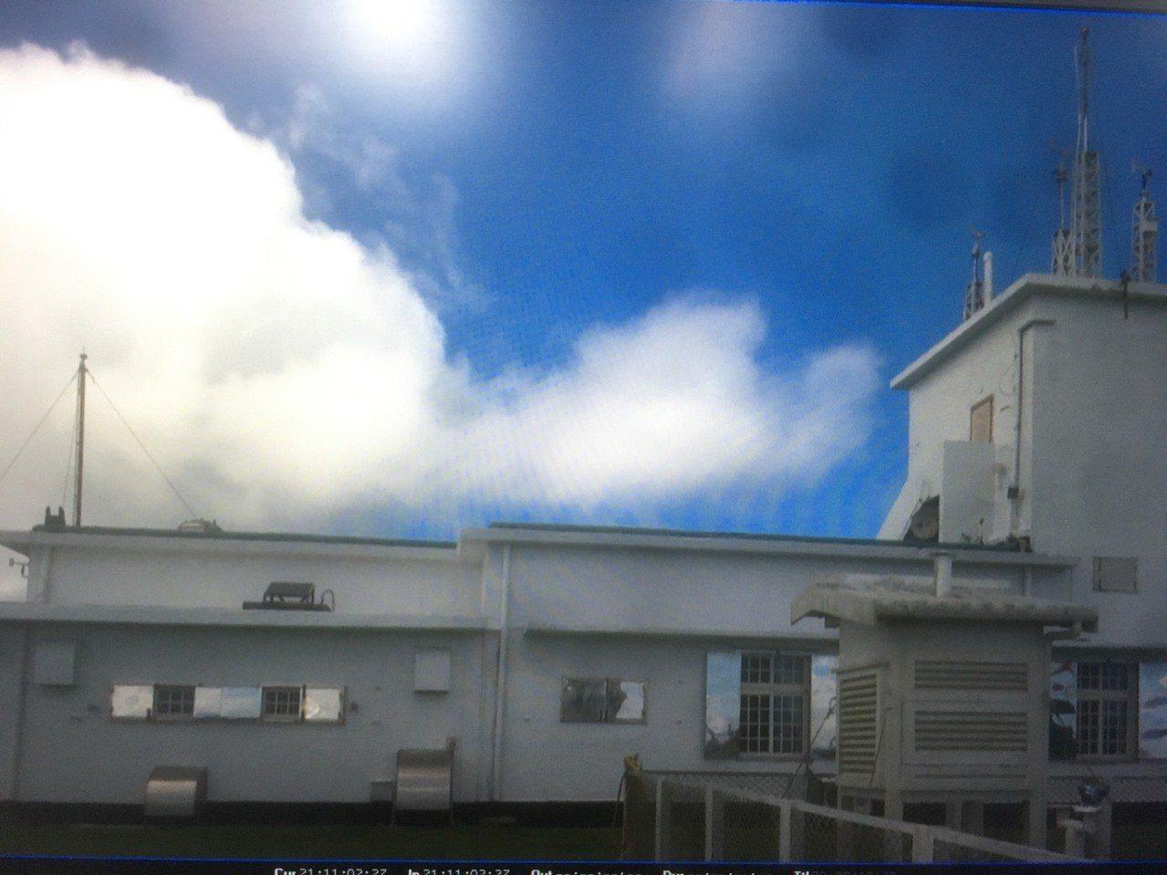 台東蘭嶼氣象站近來因少部分遊客不當的脫序行為,造成站務人員極大困擾,因此,氣象站...