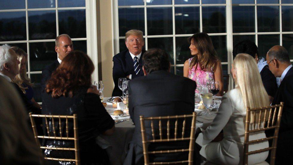 川普在7日晚間宴請多位美企執行長,大批習近平倡議的「一帶一路」。美聯社