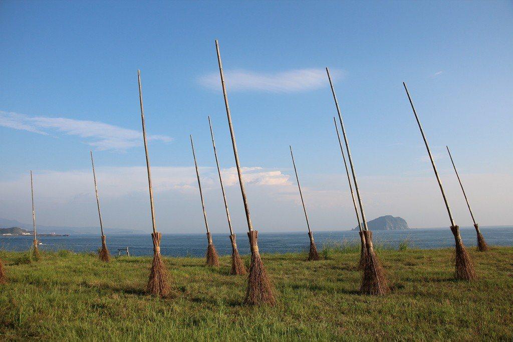海科館潮境公園飛天掃把,是打卡熱點。圖/海科館提供