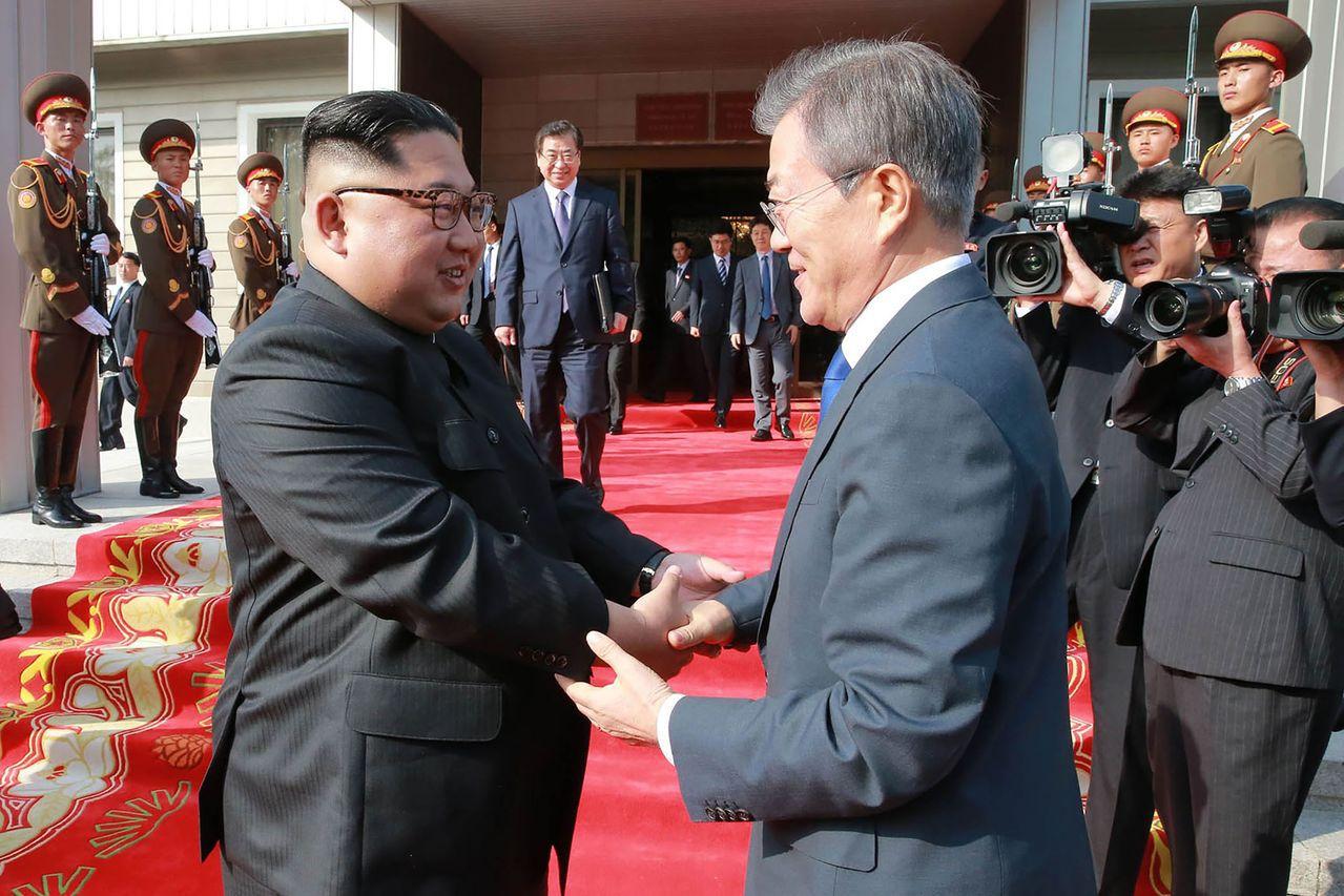 南韓將於下周和北韓召開高層會議,討論第三次「文金會」籌備事宜,圖為南韓總統文在寅...