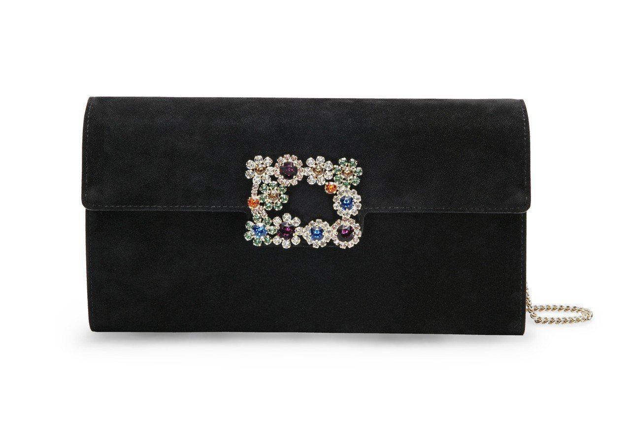 林心如活動上拎的花鑽扣飾手拿包,61,600元。圖/Roger Vivier提供