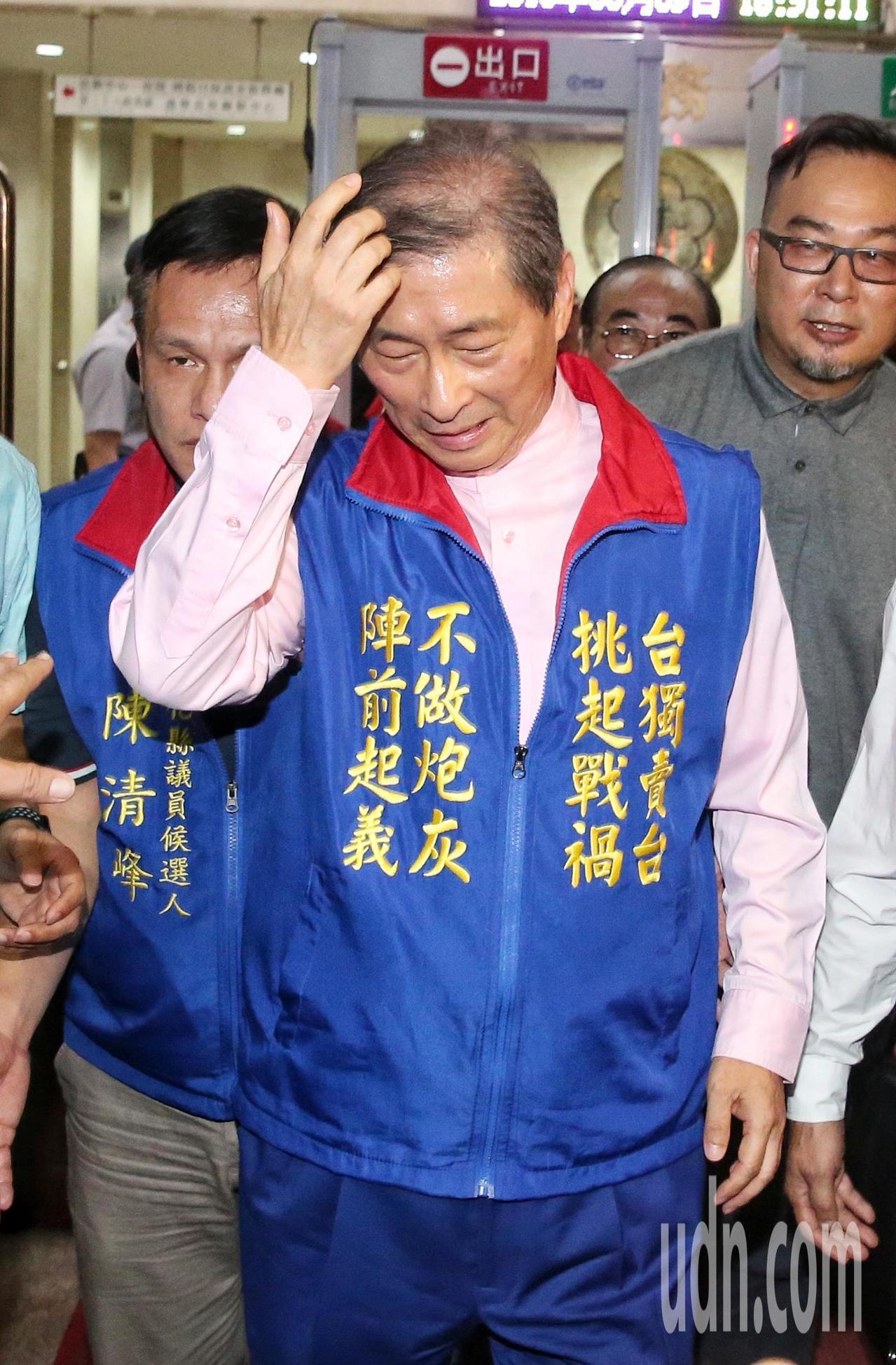 張安樂離開北檢。記者鄭清元/攝影