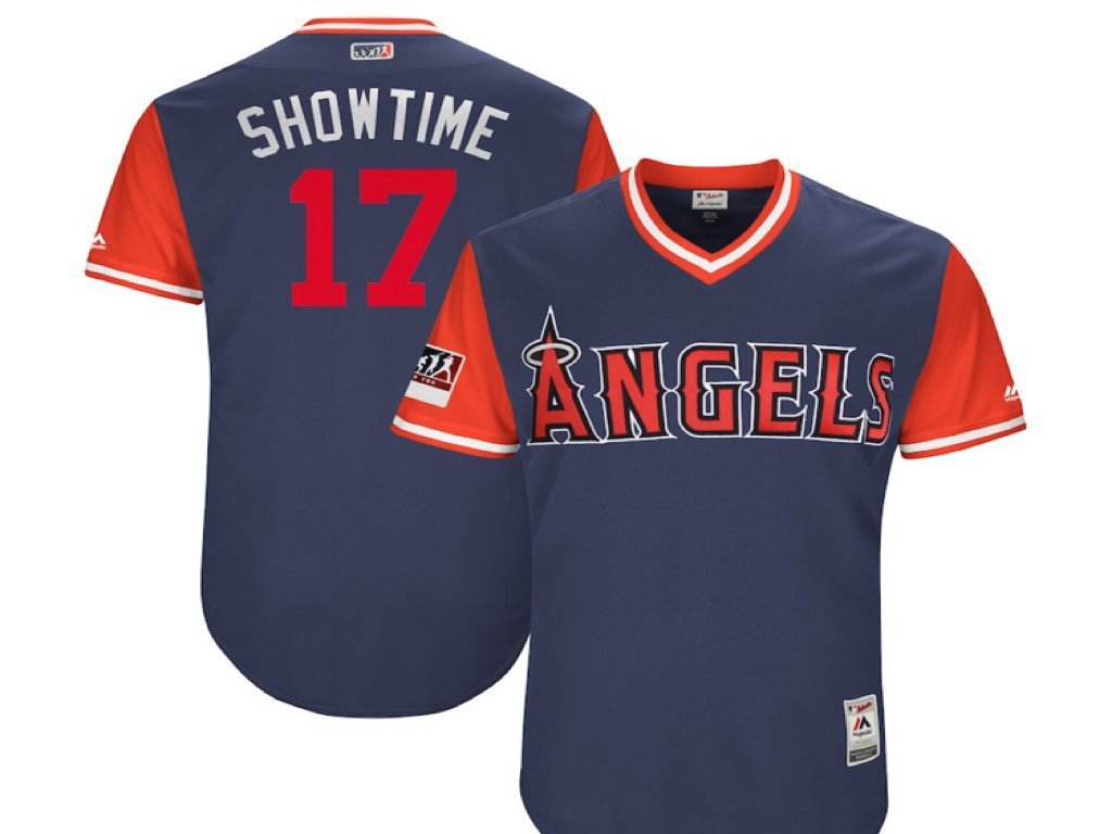 大谷綽號球衣印有「Showtime」。 截圖自推特