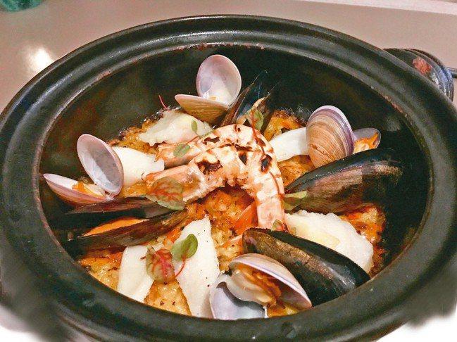 燉飯用的是在地龍水米,非義式米,米心稍軟,濃糯厚實。 圖/游慧君、陳志光