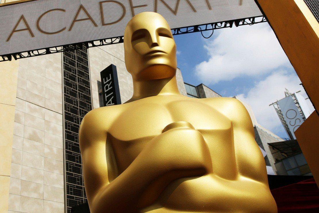 奧斯卡金像獎頒獎典禮收視率不斷下滑,將增設最佳人氣電影獎等變革,以挽救逐漸流失的...