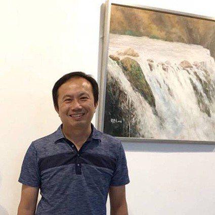 中華民國跨世紀油畫研究會理事長許忠文。 中華民國跨世紀油畫研究會/提供