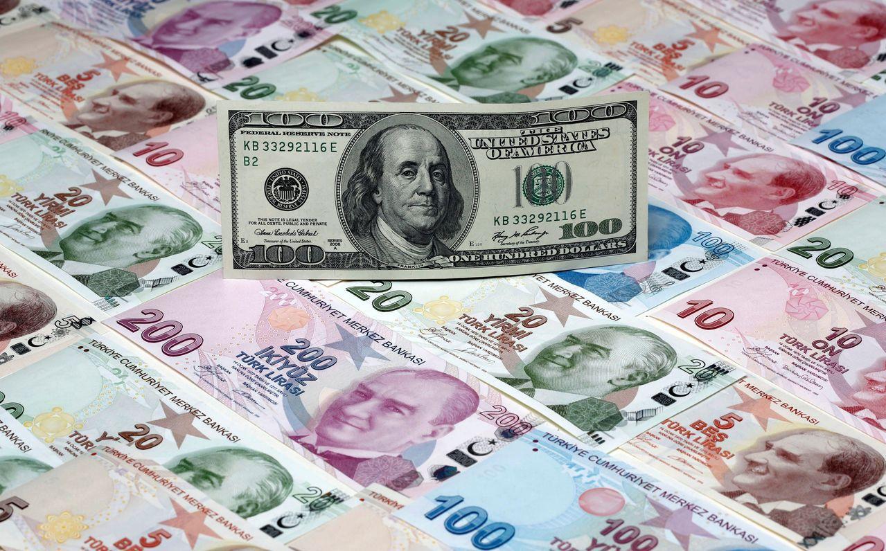 土耳其里拉對美元貶勢不止。 路透