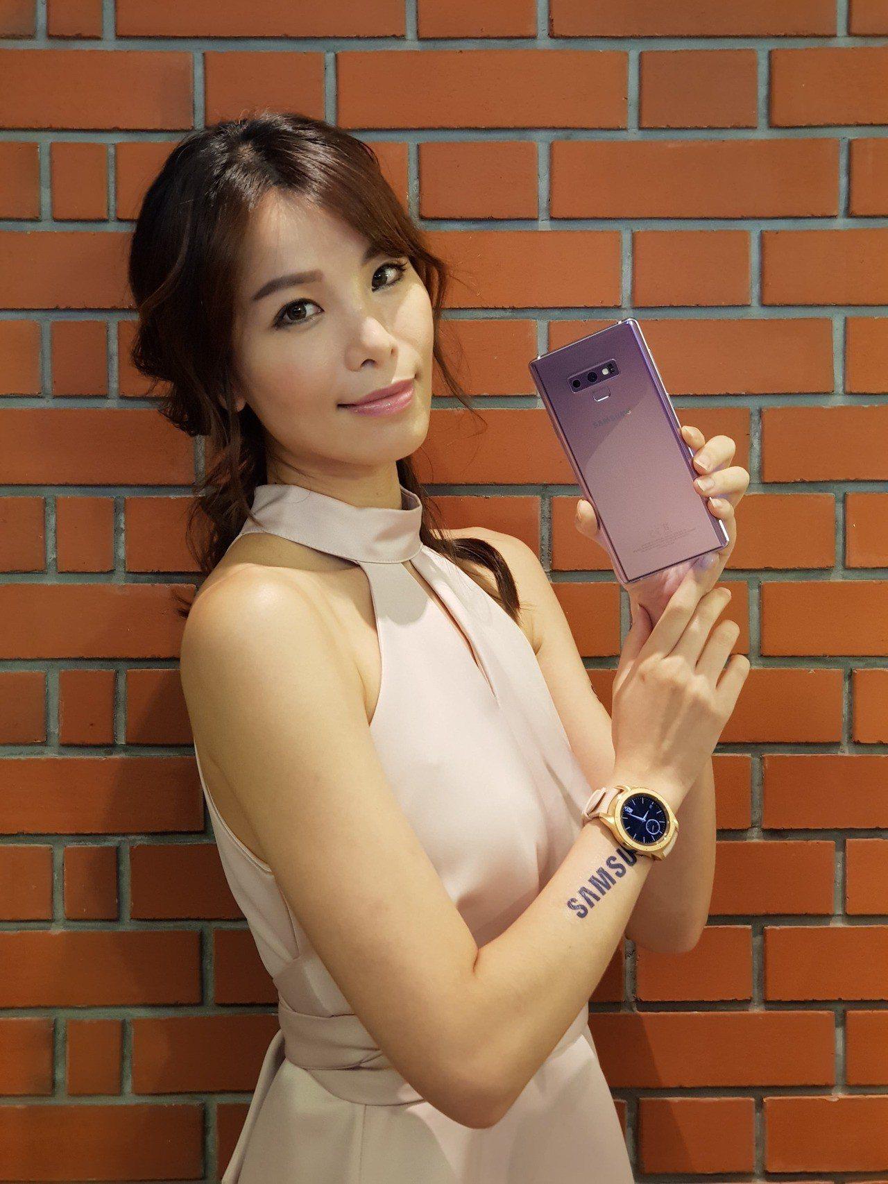 三星發表新一代旗艦手機Samsung Galaxy Note 9與Samsung...