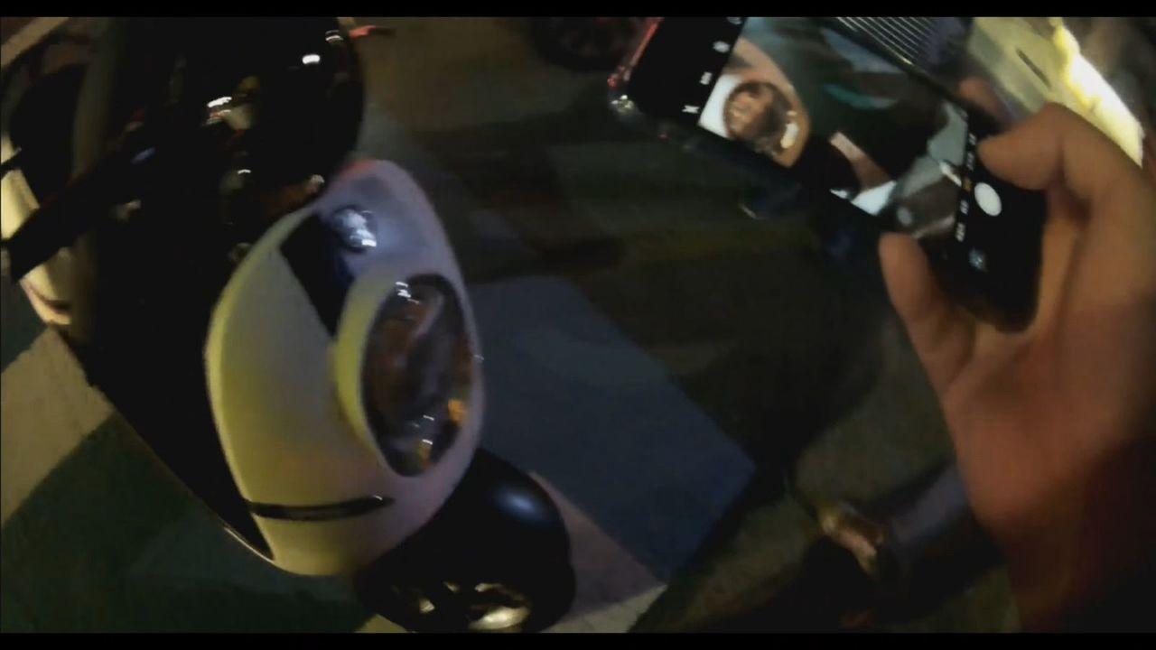 桃園市莊姓男子在網路,便宜兜售電動機車,失主查覺可疑報警,在警方協助下尋回愛車,...