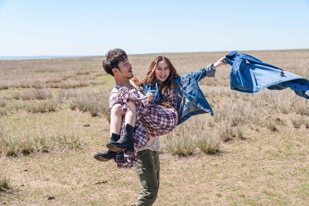 鄧紫棋為新歌「倒數」MV赴內蒙古取景。圖/蜂鳥音樂提供