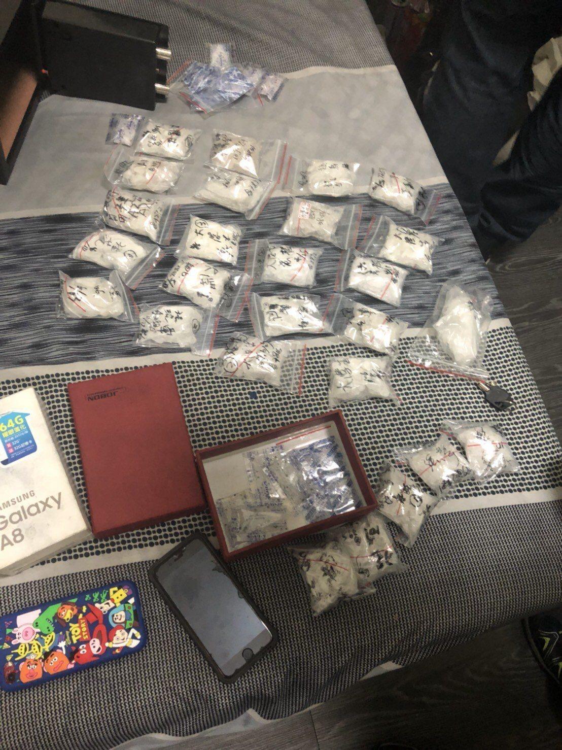 台南警方「安居專案」爭取到警民合作機會, 市刑大起出超過1公斤毒品與涉販毒藥頭建...