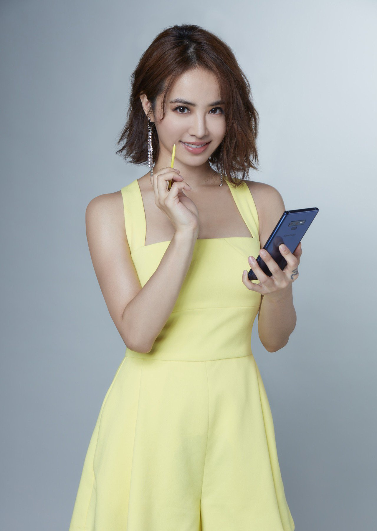 蔡依林搶先試玩Samsung Galaxy Note 9,對於S Pen遠端遙控...