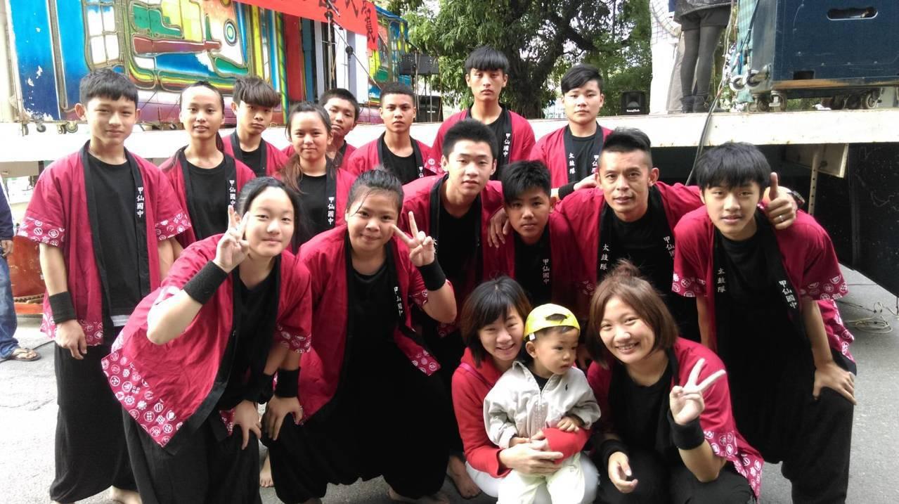甲仙國中太鼓隊成立7年,常受邀至各地表演。圖/甲仙國中提供