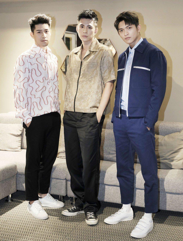 「鬥魚」電影版主角吳岳擎(左起)、林柏叡以及林輝瑝暢談感情經驗。圖/多曼尼提供