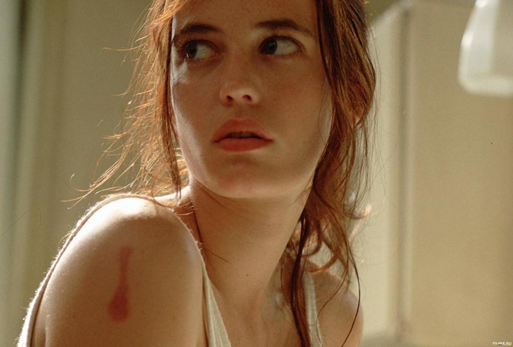 伊娃葛林第一次拍電影就有大膽的演出。圖/摘自imdb