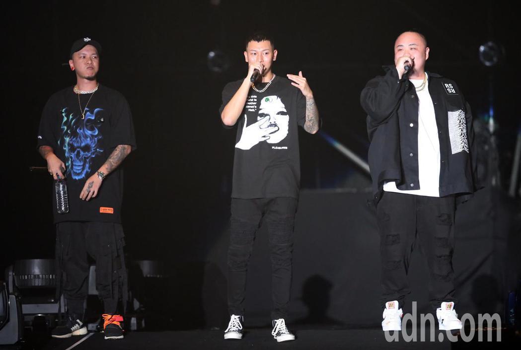嘻哈天團頑童MJ116今晚在小巨蛋登場開唱。記者徐兆玄/攝影