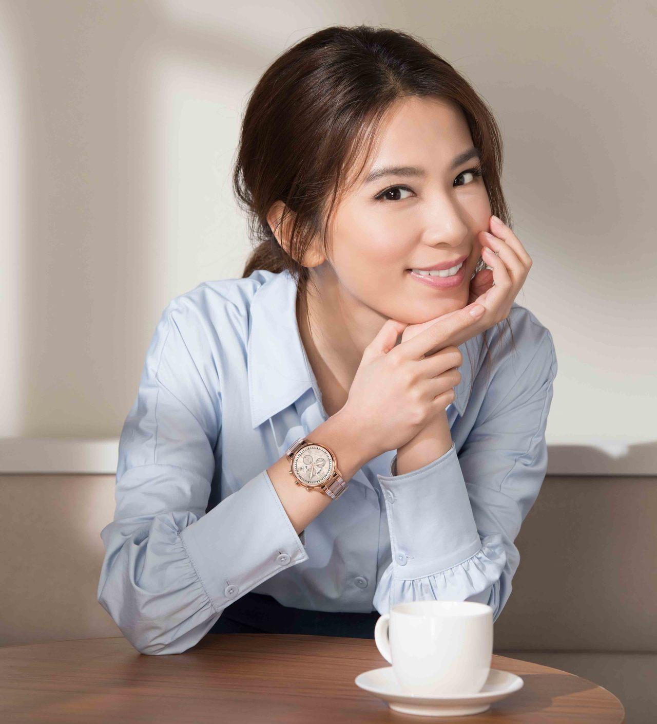 百年日系腕錶品牌CITIZEN最新2018七夕情人節女錶系列,以Sakura p...