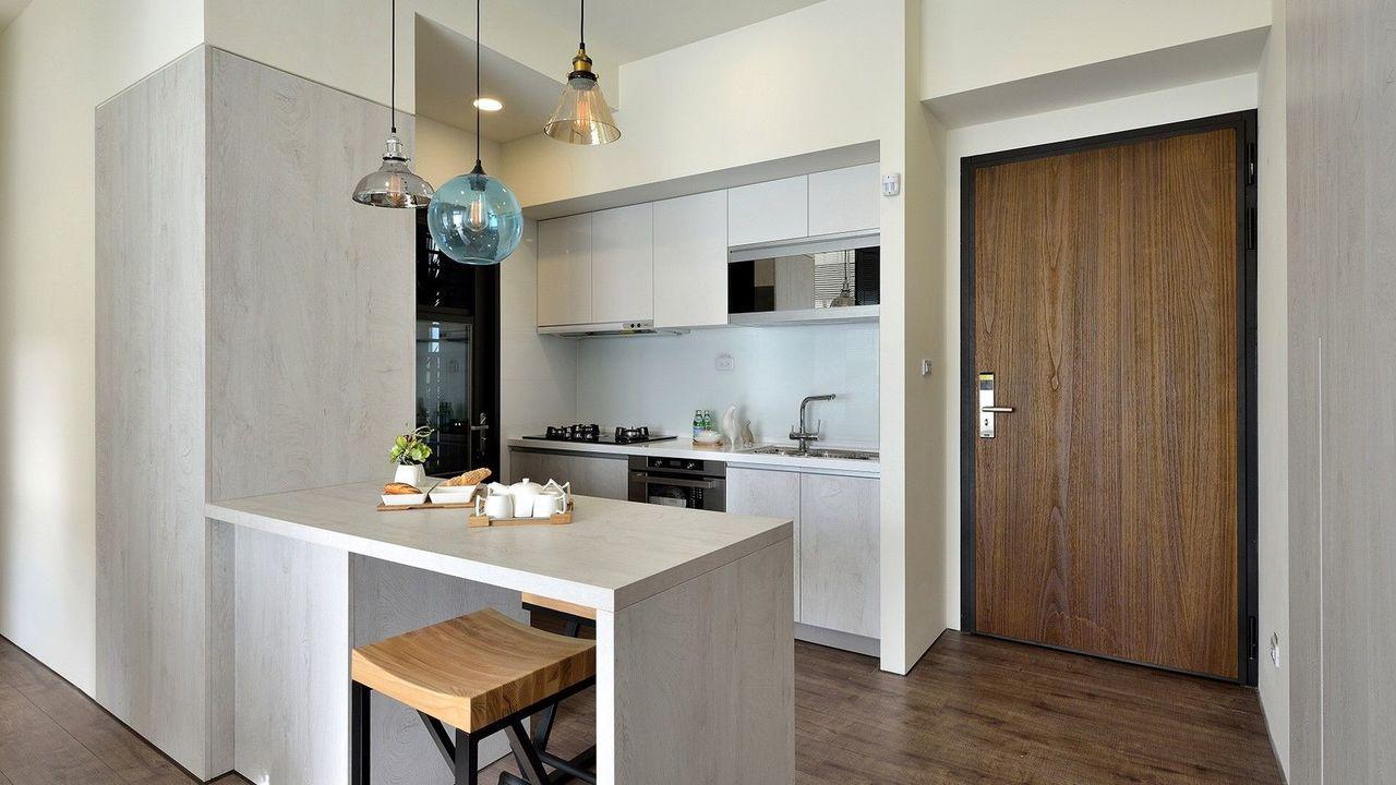 「八月小確幸」推出「買小送大」輕鬆成家方案,提供輕裝修,讓首購族輕鬆入住。圖/記...