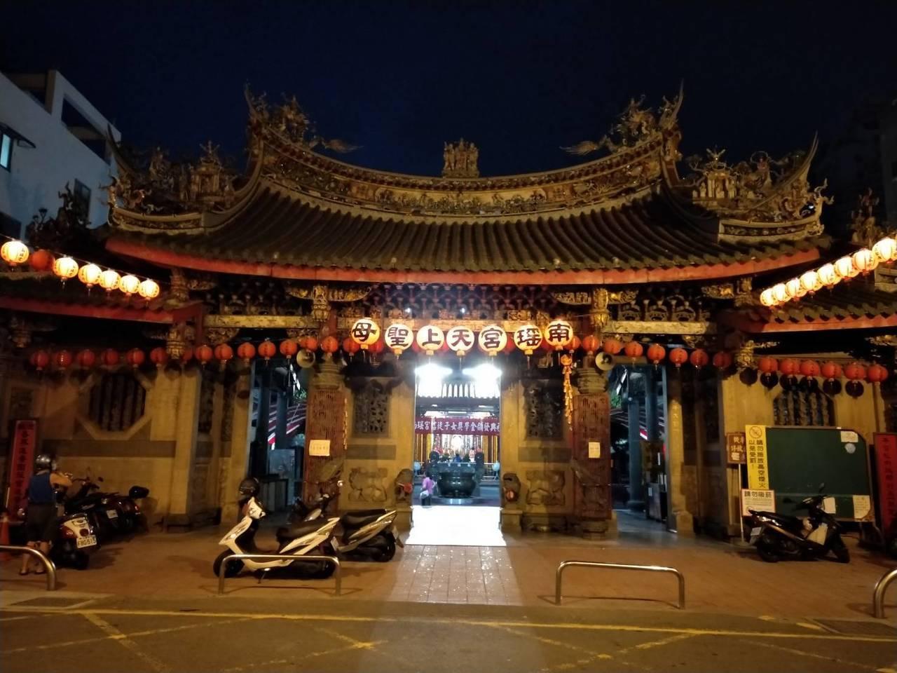 彰化市南瑤宮是市民的信仰中心,十媽會和信徒更遍及中彰投三縣市。記者何烱榮/攝影