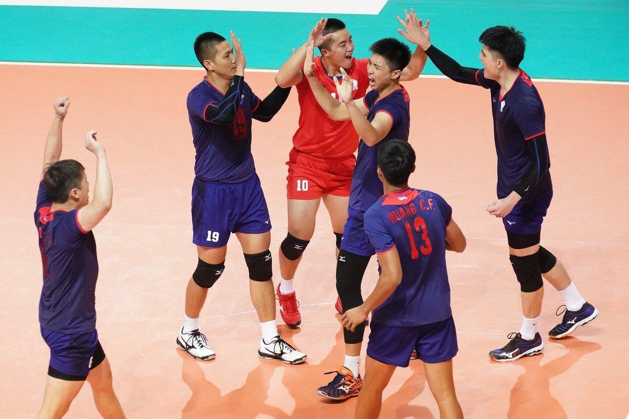 中華男排五局大戰擊敗泰國。圖/中華排球協會提供