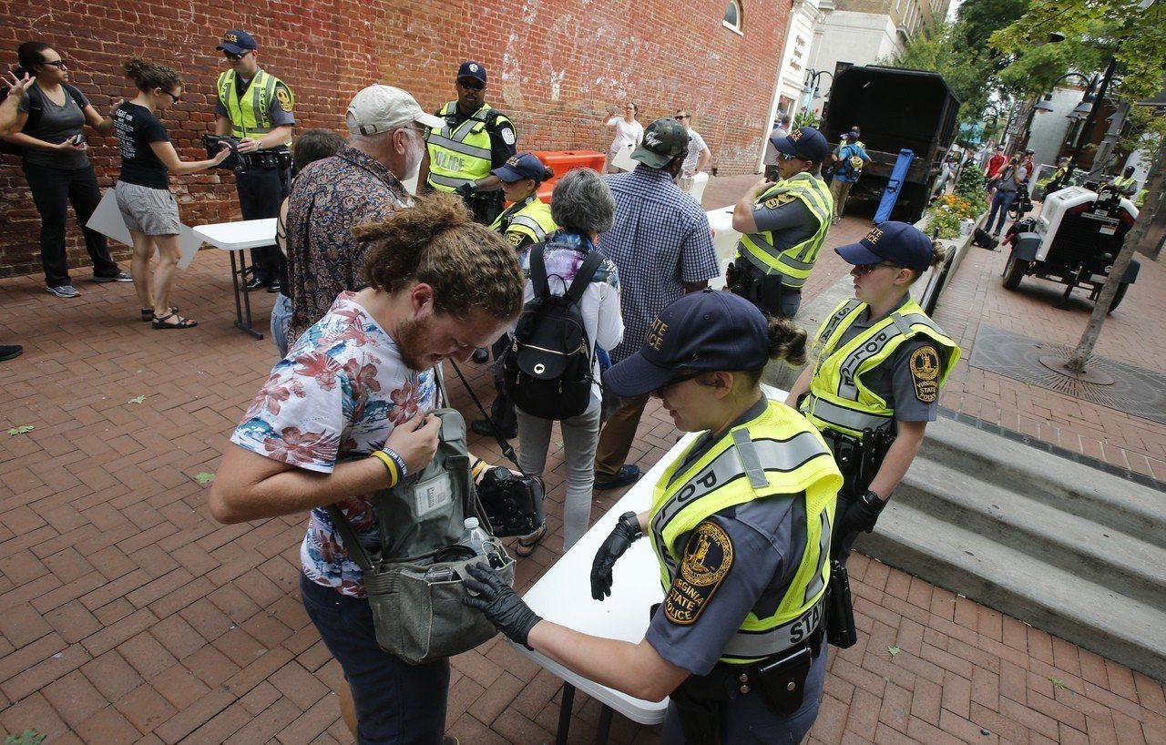騷亂一周年,夏洛茲維爾戒備防悲劇重演。 美聯社