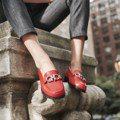 中性低跟鞋 讓女人穿出帥氣時尚感