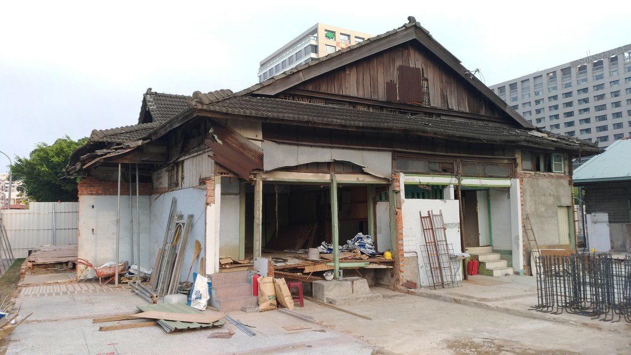 台南市定古蹟台南刑務所中的要道館俱樂部。圖/陳信安提供