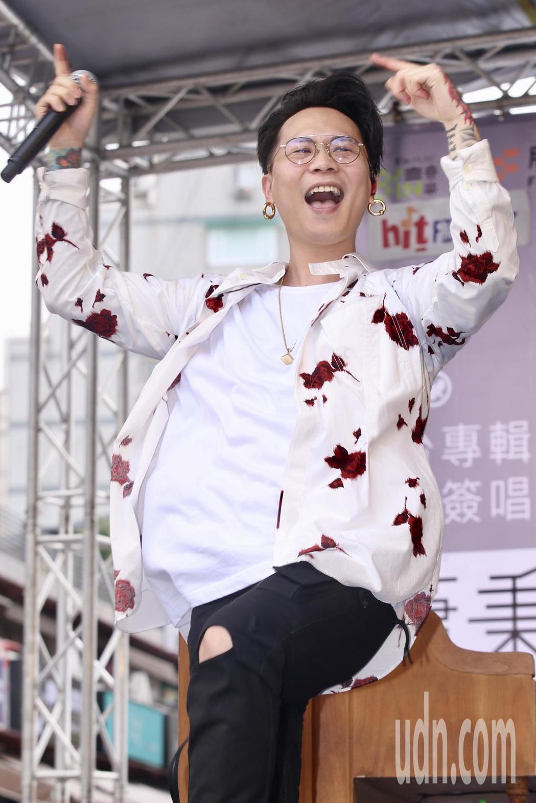 蕭秉治舉辦「凡人」簽唱會。記者林伯東/攝影