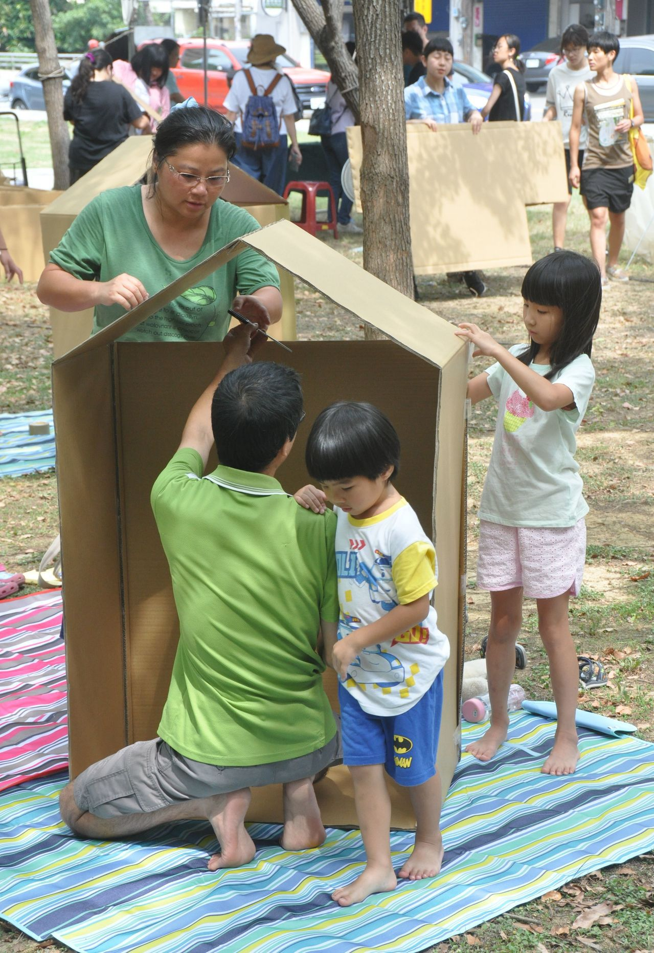 「新竹市多元閱讀」活動今起為期3個月,有講座、小說創作、午茶閱讀、藝術課程、參訪...