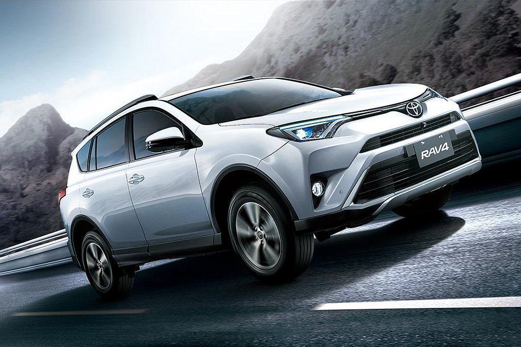 採進口銷售模式的Toyota RAV4,為銷售排行榜第二的熱銷休旅。圖/Toyo...